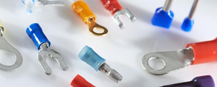 Klassische Ringkabelschuhe